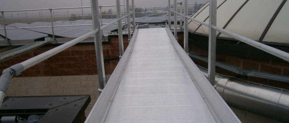 Passerelle e scale a norma EN 14122-3